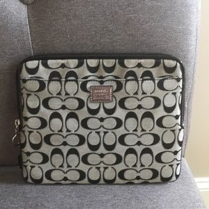 Stylish Coach Poppy tablet or iPad case